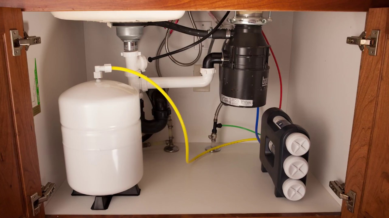 Installing an under sink water filter