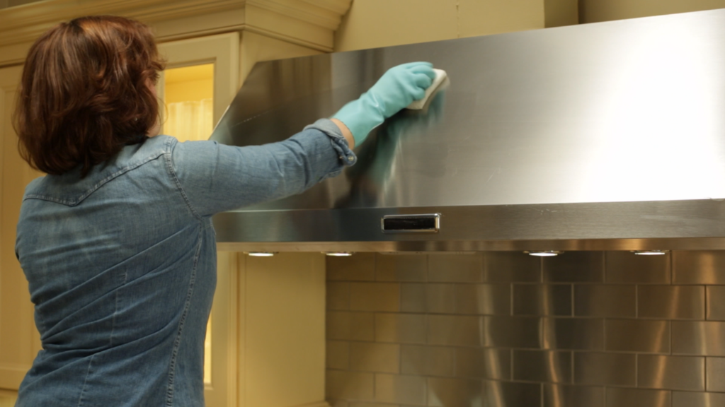 How to Clean a Range Hoods